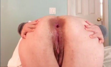 Princess Stretch Wrecks Her Ass Pushing Out Butt Plug and Dildo