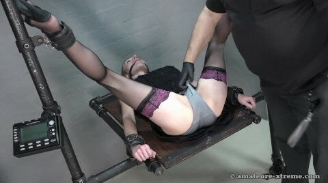 BDSM PeeHole Fucking And Rough Pussy Fisting