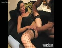 Short Haired Brunette Housewife Getting Pussy Fisted Good