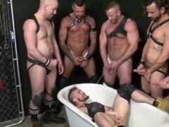 Daddies And Piss Boys – Fist